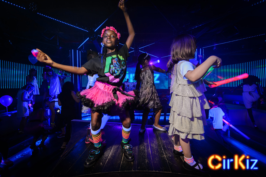 EDMKids-CoolKids-KidsDanceParty-CoolKids-KidsDanceParty-FilipWolak-Cirkiz-9130