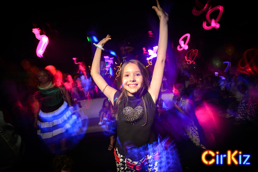 EDMKids-CoolKids-KidsDanceParty-CoolKids-KidsDanceParty-FilipWolak-Cirkiz-9335